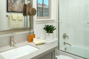 Plan 1: Bath 2