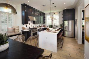 Plan 3: Dining/Kitchen